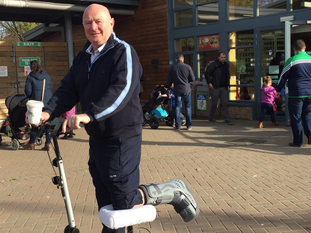 StrideOn knee scooter